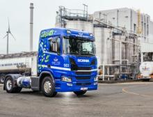 Kaneka Belgium and De Decker-Van Riet deploy LNG trucks with lower CO2 emissions for long-distance transport